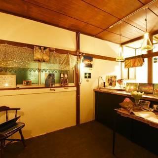 バドミントンが好きな人が集まる新高円寺のカフェバー。みんなでバドミ...