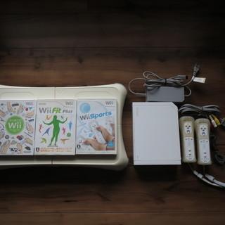 無料で差し上げます:Wii本体、バランスボード、ソフト3種