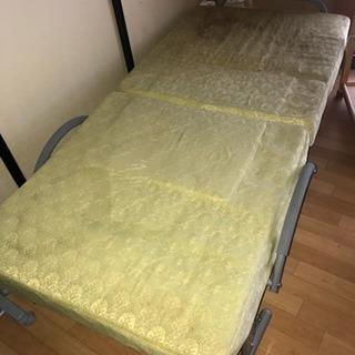 リクライニングベッド譲ります。