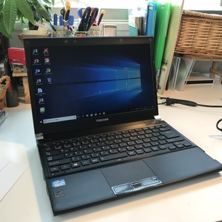 dynabook Core i5- 2.7GHz/4GB/320...