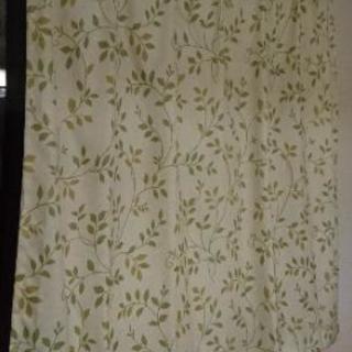 カーテン 緑 葉っぱ 柄 腰窓