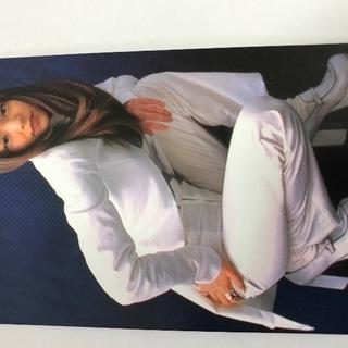 安室奈美恵の1990年代の美品の非売品、テレホンカード販売します。