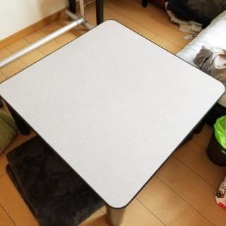 テーブル・ソファーベッド