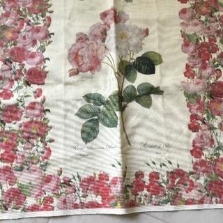 ボタニカル 花 布