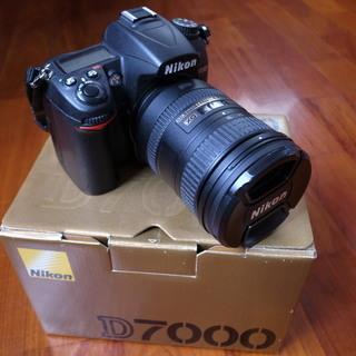 ♪ 綺麗です ニコン Nikon D7000と純正ズームレンズの...