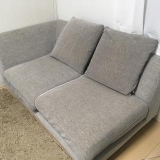 ソファをもらってくれる方いませんか?