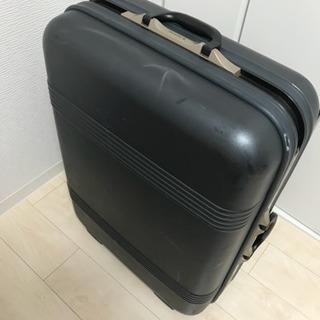 サムソナイトのスーツケース 1つタイヤ外れあり