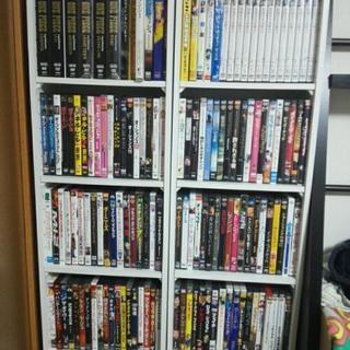 【値下げ交渉OK】名作映画DVD・BD約250枚?+収納棚2個