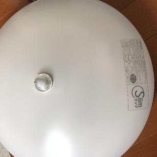東芝 人感センサー付き照明