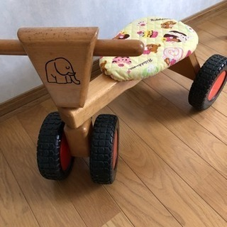子供用 木のバイク