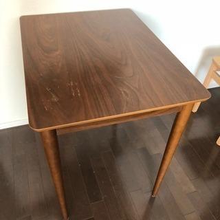ウッドテーブル(小さめ)【60×80×75:タテヨコ高さ】