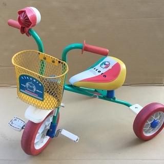 可愛いカラフルな三輪車♩