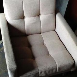 一人掛けソファー② 大規模シミ有ります。