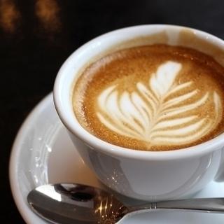 時給1250円~赤坂のお洒落なカフェでの接客販売のお仕事!