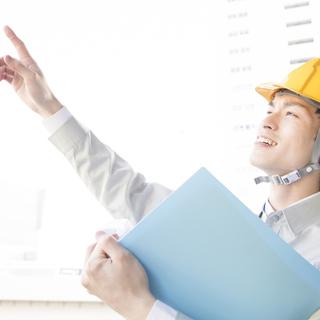 【月収35万円以上可!】~電気設備工事現場での現場代理人補佐のお仕事~