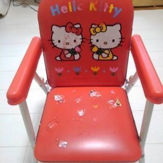 キティちゃん 椅子 おすわり~4、5歳まで🆗 値下げ中です