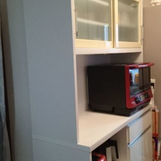 近新家具 食器棚(ダイニングボード)譲ります