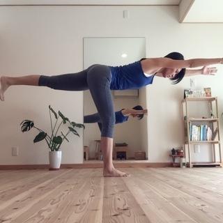 少人数制 初心者クラスあります ヨガ at home yoga I