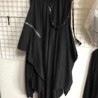 addictrapの黒のスカート