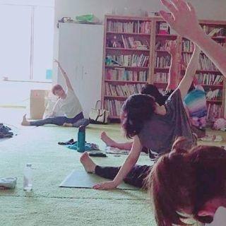 横浜鶴見で初心者向けヨガ【女性限定】◇水・木・土・日◇ 開催