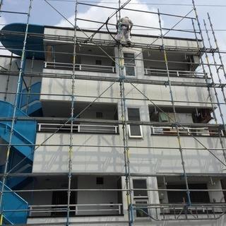 ★★★建設現場にて仮設足場を組み立て解体