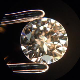 宝石学 ダイヤモンド編 ダイヤモンドはなぜ輝くのか?