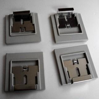 h - 鏡の固定器具