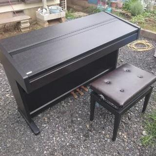 電子ピアノ  YAMAHA。。。