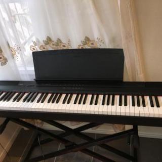 値下がり ヤマハ 電子ピアノ P-105B 88鍵盤 2014年製...