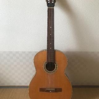 フォークギター クラシックギター