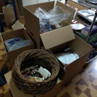 恒例のワンコイン&100円リサイクルバザー!