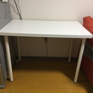 IKEAテーブル Linnmon