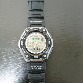 [受け渡し予定者有り]カシオのムーングラフ付き腕時計