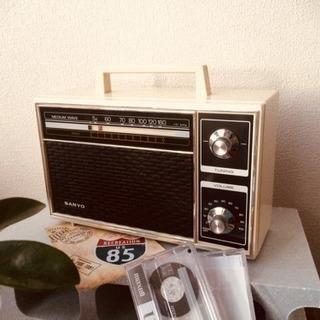 美品SANYOレトロラジオ通電OK1976年サンヨービンテージ家電