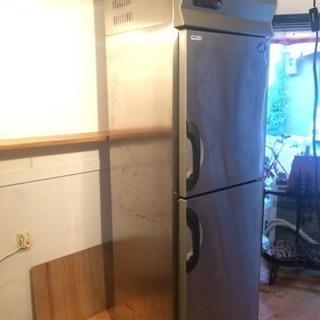 【中古】2006年製SANYO縦型業務用冷凍冷蔵庫 引き取りのみ