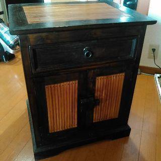 「値下げしました」バリ製家具