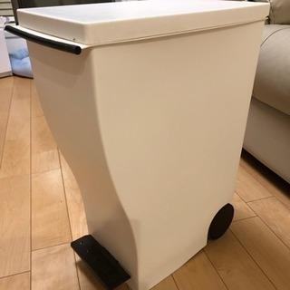 【土日引き取り可能な方限定】kcud  30l  ゴミ箱