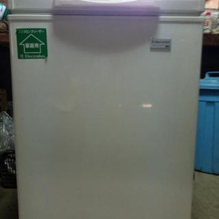 冷凍庫ノンフロンフリーザー105L