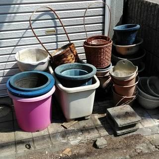 プラの植木鉢 色々