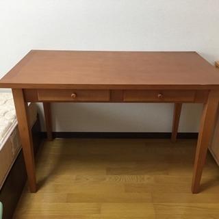 中古 テーブルと椅子のセット
