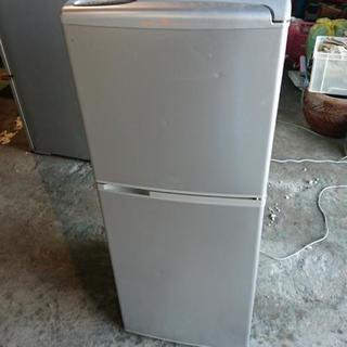 サンヨー2ドア冷蔵庫