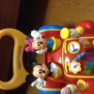 ミッキーマウス あっちこっちウオーカー  新品同様