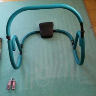 腹筋トレーニング器