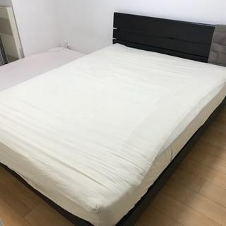 ワイド ダブルベッド