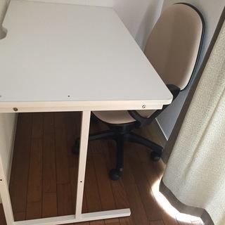 机 テーブル2