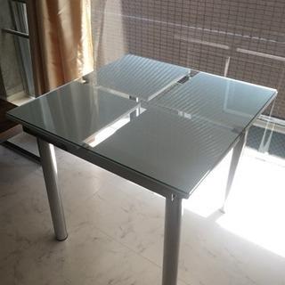 【中古美品】ガラステーブル