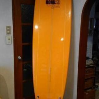 セミロングサーフボード
