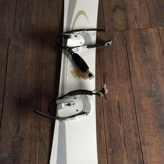 値下げ スノーボードの板とビンディングセット