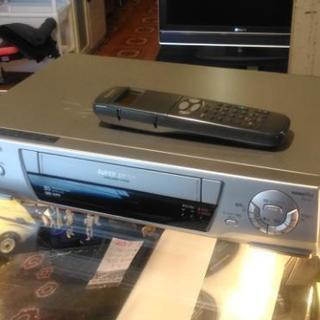 VHSビデオデッキ パナソニック NV-HB300