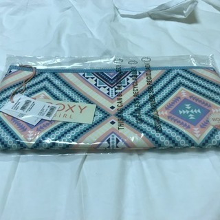 Roxy クラッチバック 新品